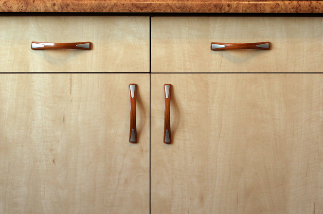 kitchen wardrobe design straight handles